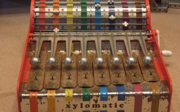 Musique en jouets aux Arts décoratifs